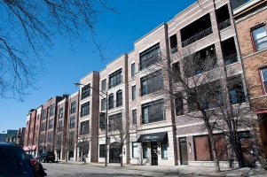 <h5>2238 W. Belmont, Chicago, 20 units</h5>