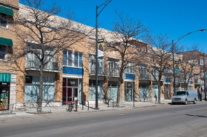 <h5>1616-1630 W. Montrose, Chicago, 29 units</h5>